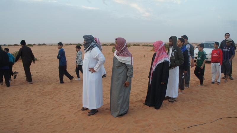 تنظيم دخول الطلاب للخيام
